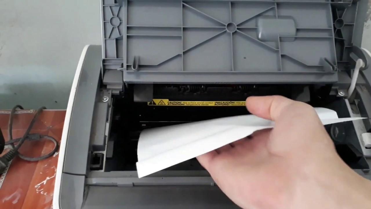 máy in bị kẹt giấy hình 2